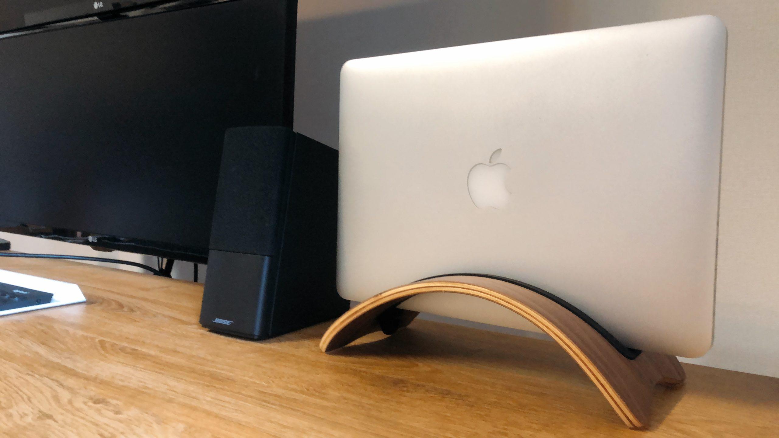 MacBookをインテリアにする